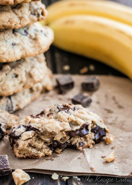 Banana Walnut Chocolate Chunk Cookies | The Recipe Critic