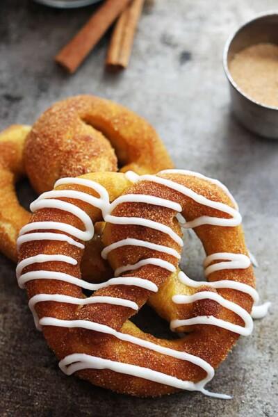 cinnamon-sugar-pumpkin-pretzels-6