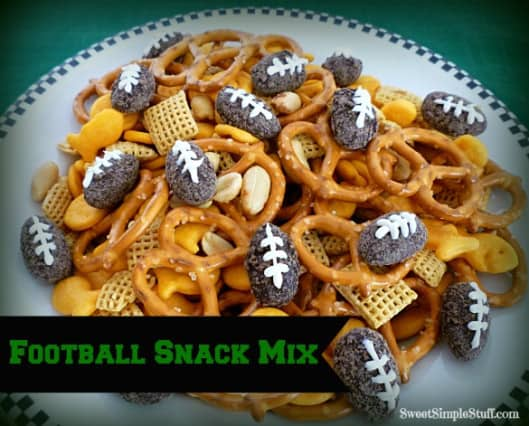football-snack-mix