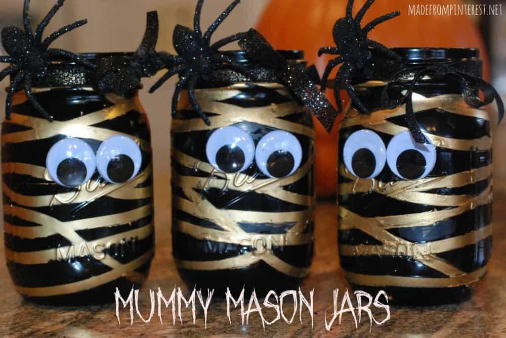 Arent-these-adorable-Super-easy-to-make-Mummy-Mason-Jars-madefrompinterest.net_-1024x685