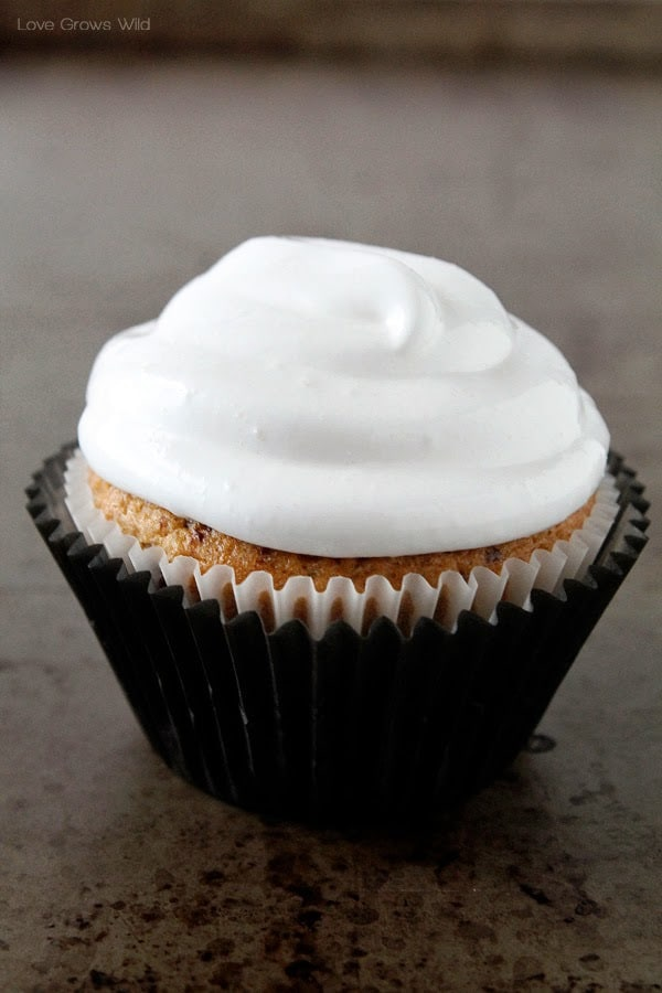 I Absolutely Love The Frosting Recipe For These Cupcakes It Is Fluffy White Super Glossy And Stands Up Beautifully On Cakes Takes A Few Steps