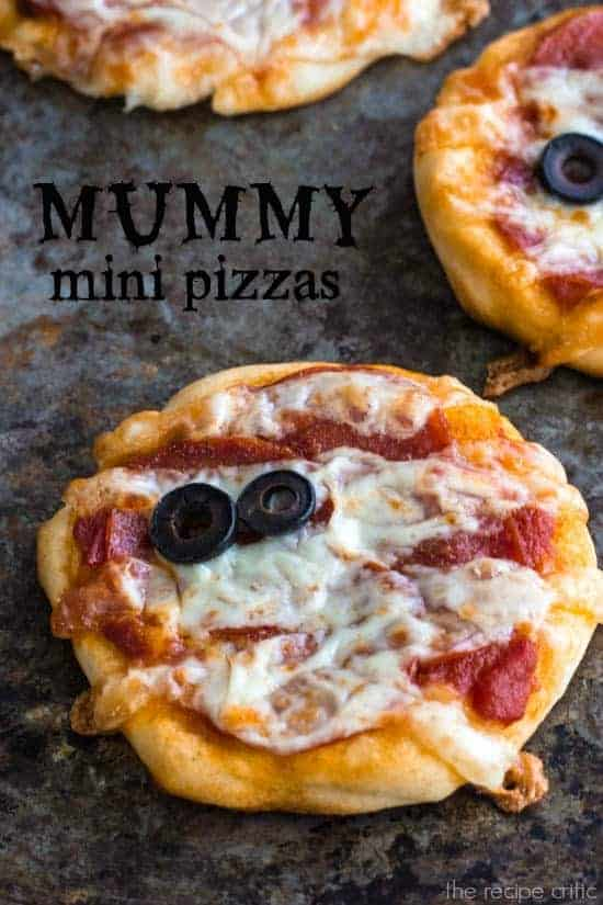 Mummy Mini Pizzas | The Recipe Critic