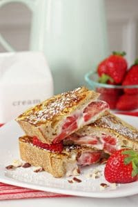 Strawberry-hazelnut-stuffed-french-toast-web-1