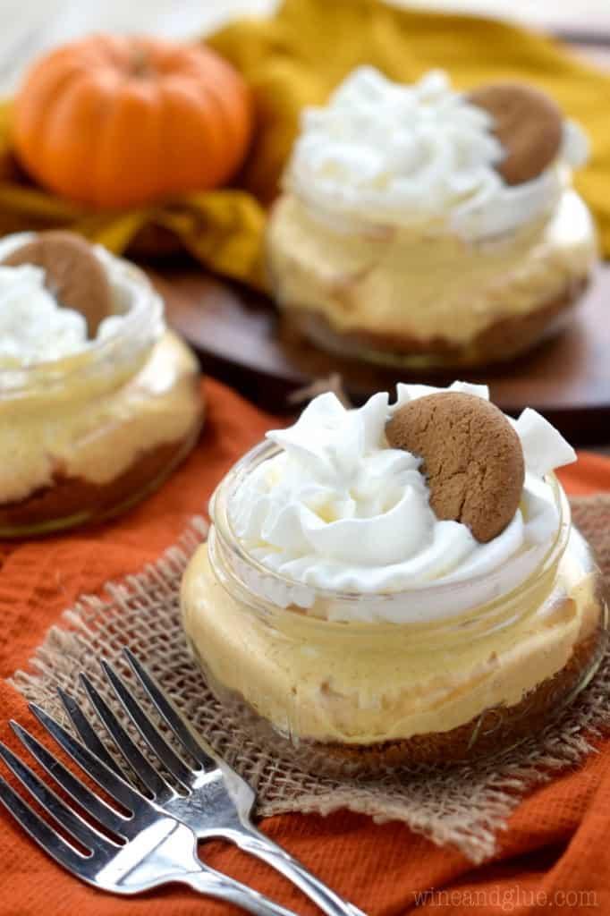 no_bake_pumpkin_cheesecake_cups_2
