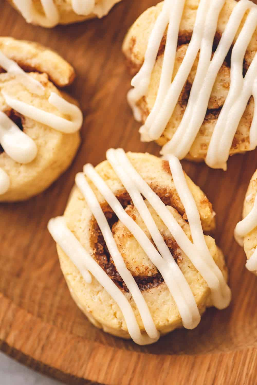 Cinnamon roll cinnamon cookies