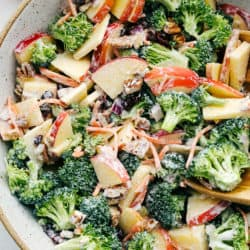 Salada Cremosa De Maçã De Brócolis   The Recipe Critic 4