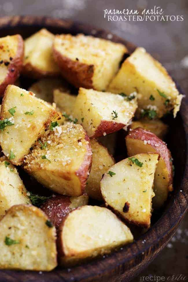 Parmesan Garlic Roasted Potatoes | Appetizing Side Dishes For Chicken You'll Love | Homemade Recipes