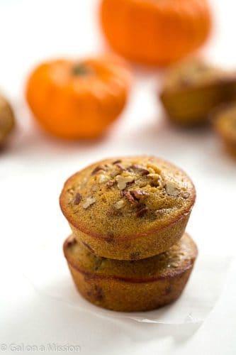 Pumpkin Pecan Pie Muffins - Just like a classic pecan pie, but even better!