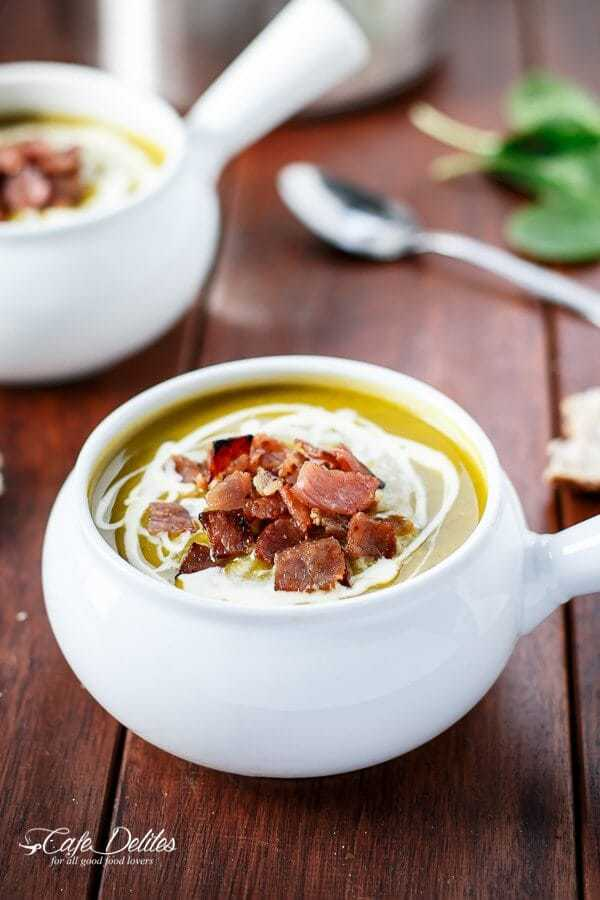 Creamy Pumpkin and Spinach Soup with Crispy Bacon