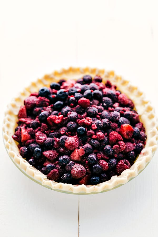 Tripple berry pie with no top.