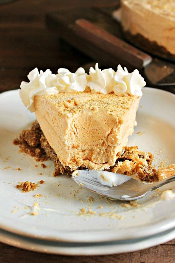 frozen-pumpkin-pie-cheesecake-a-delicious-make-ahead-thanksgiving-dessert1