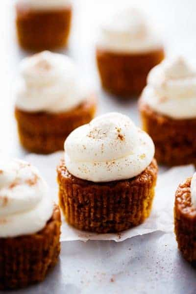 Pumpkin Pie Cupcakes with Cream Cheese Whipping Cream