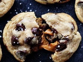 saltedcaramelchocolatechipcookies3
