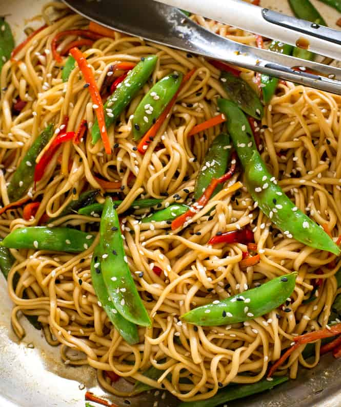 20 Minute Vegetable Lo Mein | The Recipe Critic