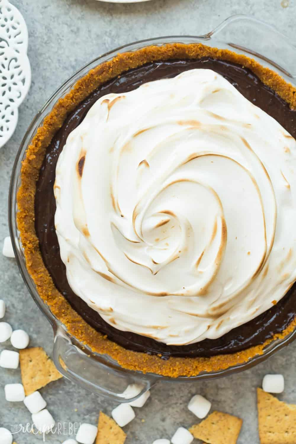 This No Bake S'mores Pie areal view.