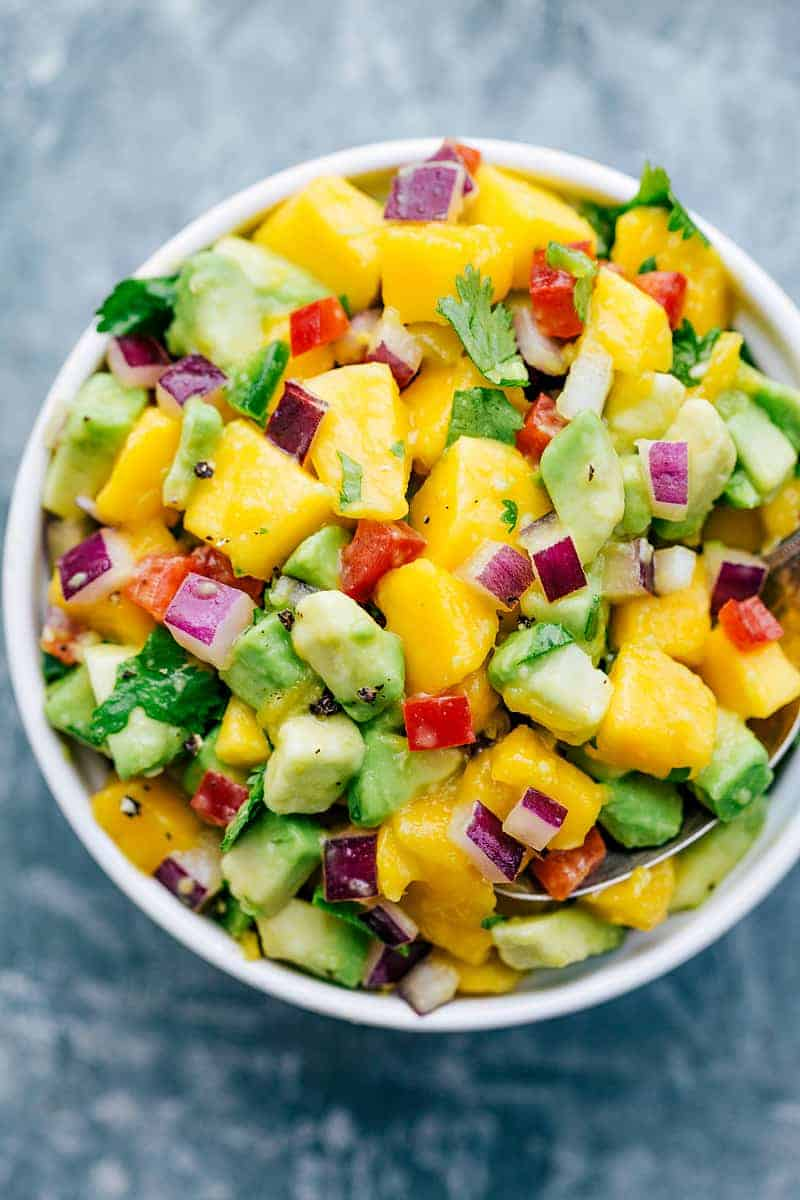 The BEST EVER Mango Avocado Salsa! chelseasmessyapron.com