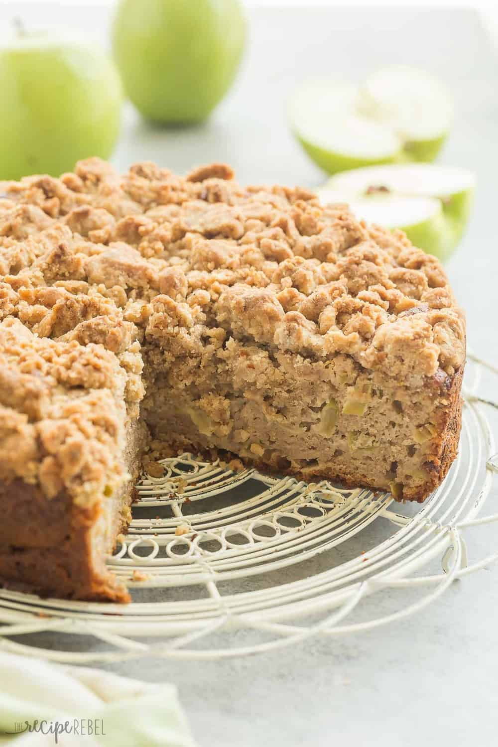 Apple Crumb Coffee Cake Recipe
