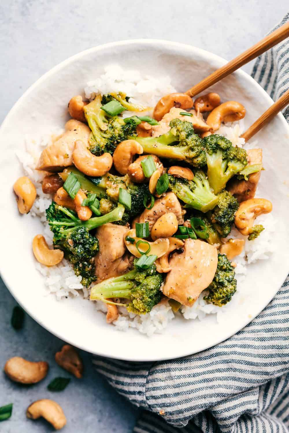Watch Chicken and Broccoli Stir-Fry video