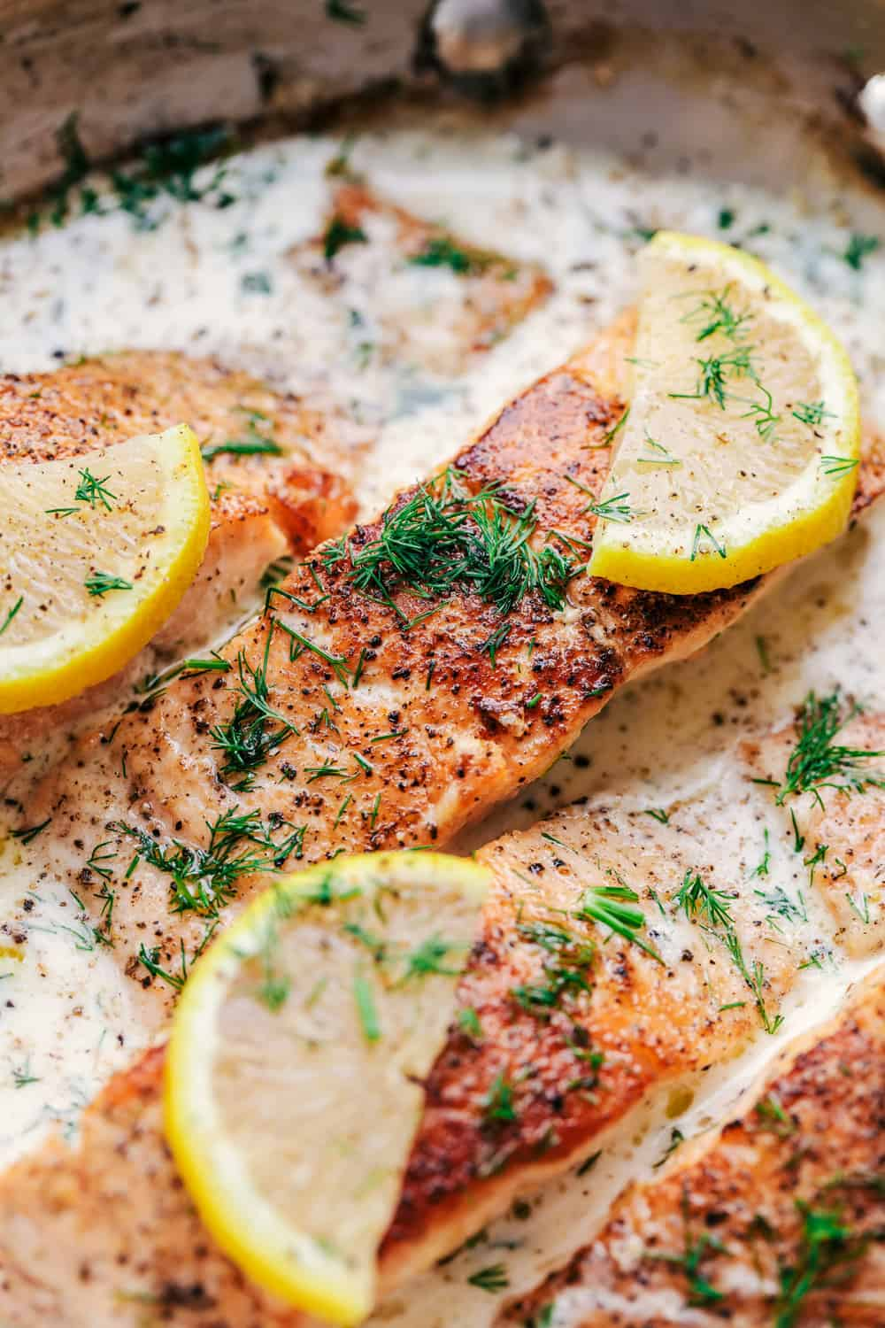 Pan Seared Salmon with a Creamy Lemon Dill Sauce