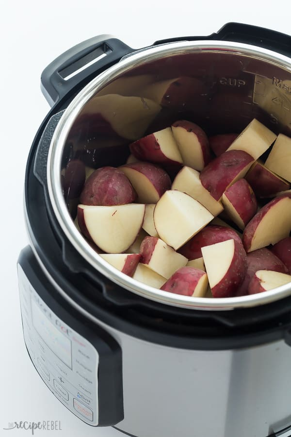Cut red potatoes in an Instant Pot.