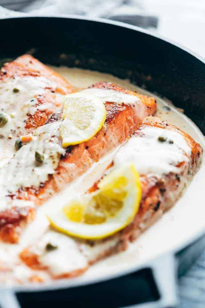 Side Angle of the Lemon Salmon Piccata with capers and lemon slices