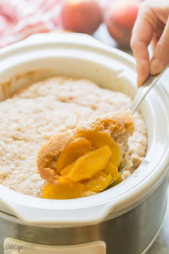 peach cobbler in crock pot