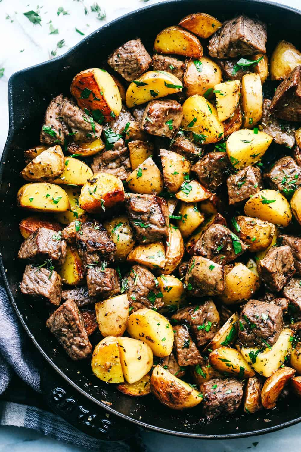 Garlic Butter Herb Steak Bites With Potatoes The Recipe Critic