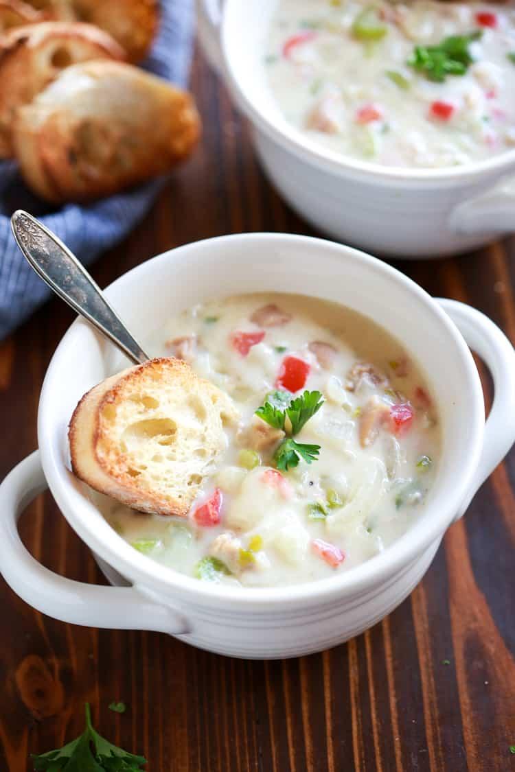 Best Ever Creamy Clam Chowder