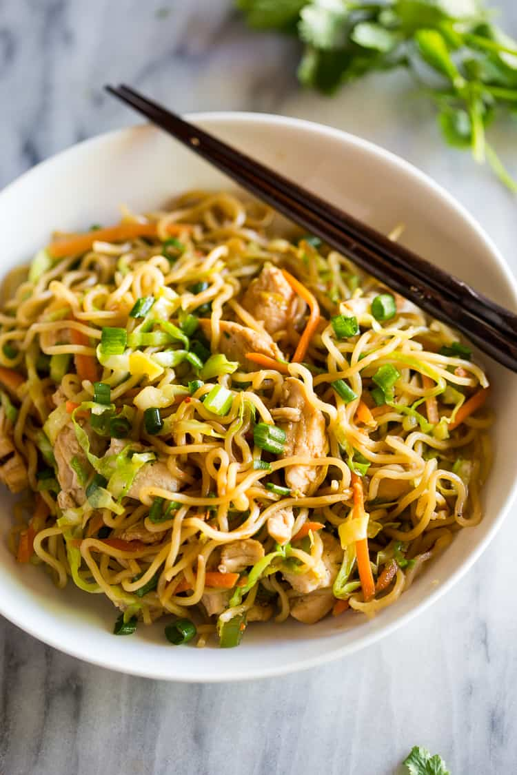Eating Well on $6 a Day: Day 19: Lunch - Chicken Chow Mein