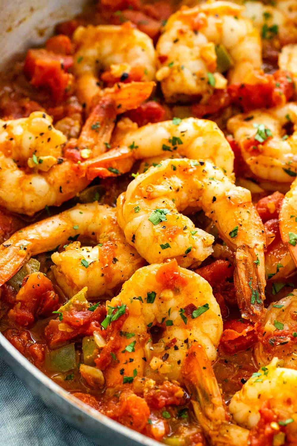 shrimp diablo in a skillet