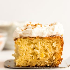 pineapple cake piece