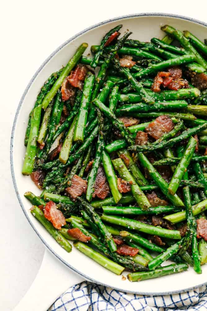 Sauteed Garlic Asparagus With Bacon Recipe The Recipe Critic