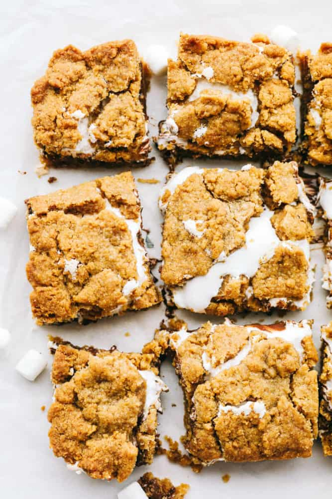 S'Mores bars cut in squares and in rows.