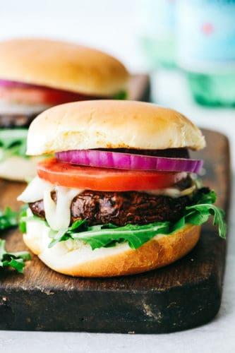 Hambúrgueres Portobello grelhados    O crítico da receita 4