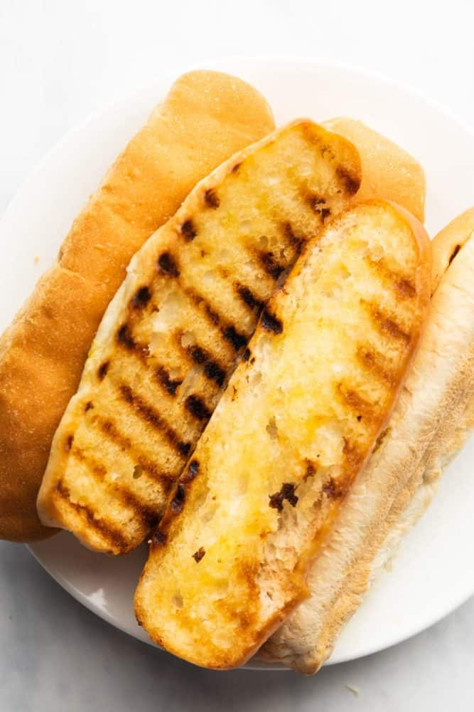 Grilled hot dog buns for chili dog