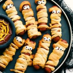Cachorros-quentes de múmia crescente de Halloween 4
