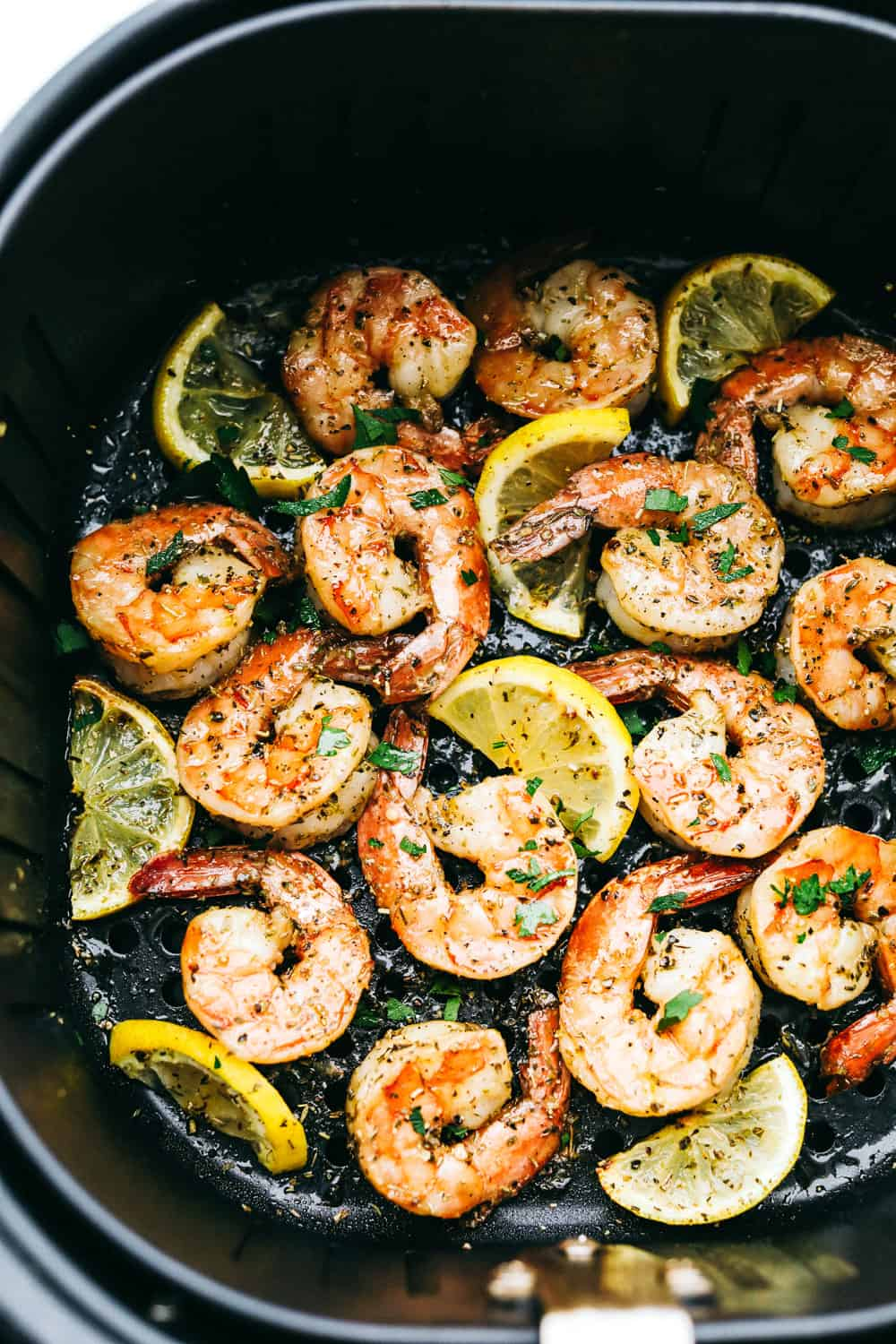 Shrimp with lemons in air fryer.