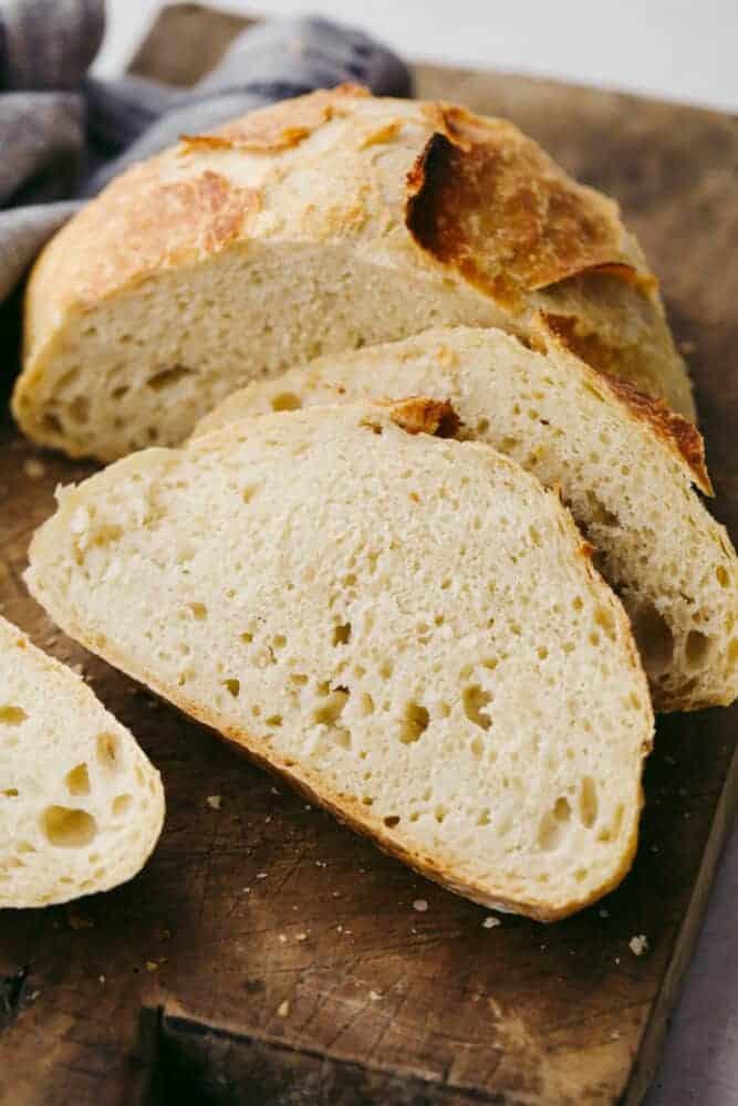 No knead bread cut into slices.